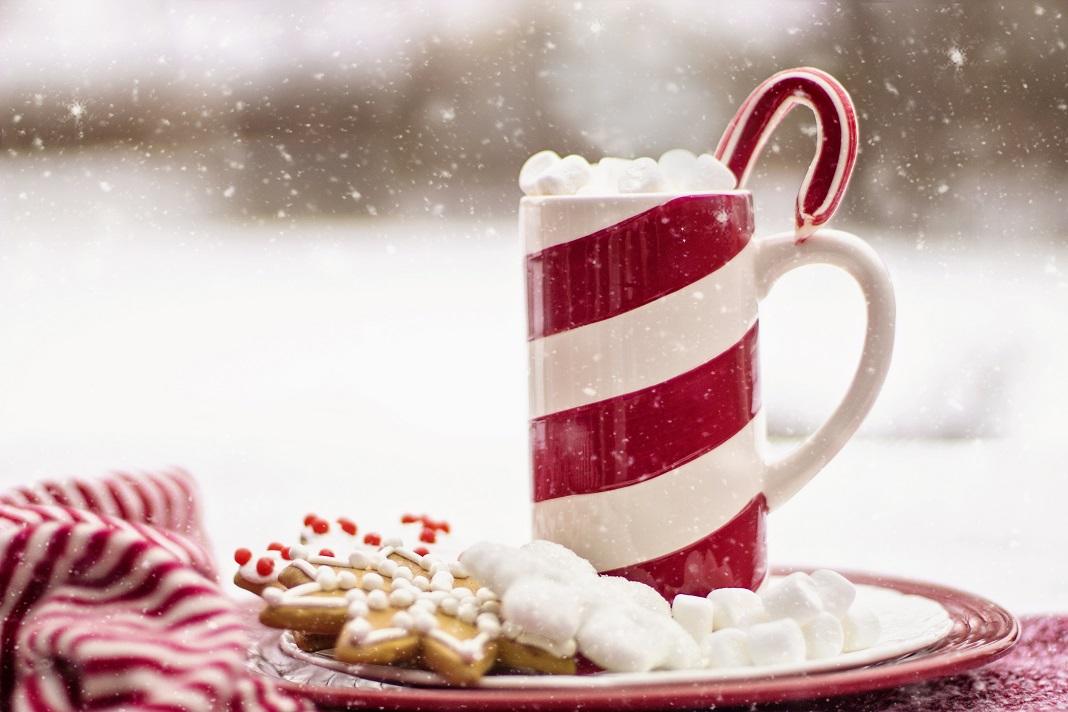 White Christmas party