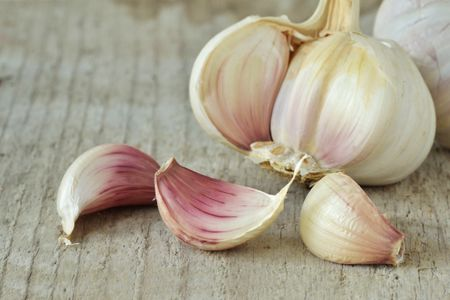 Small garlic cloves