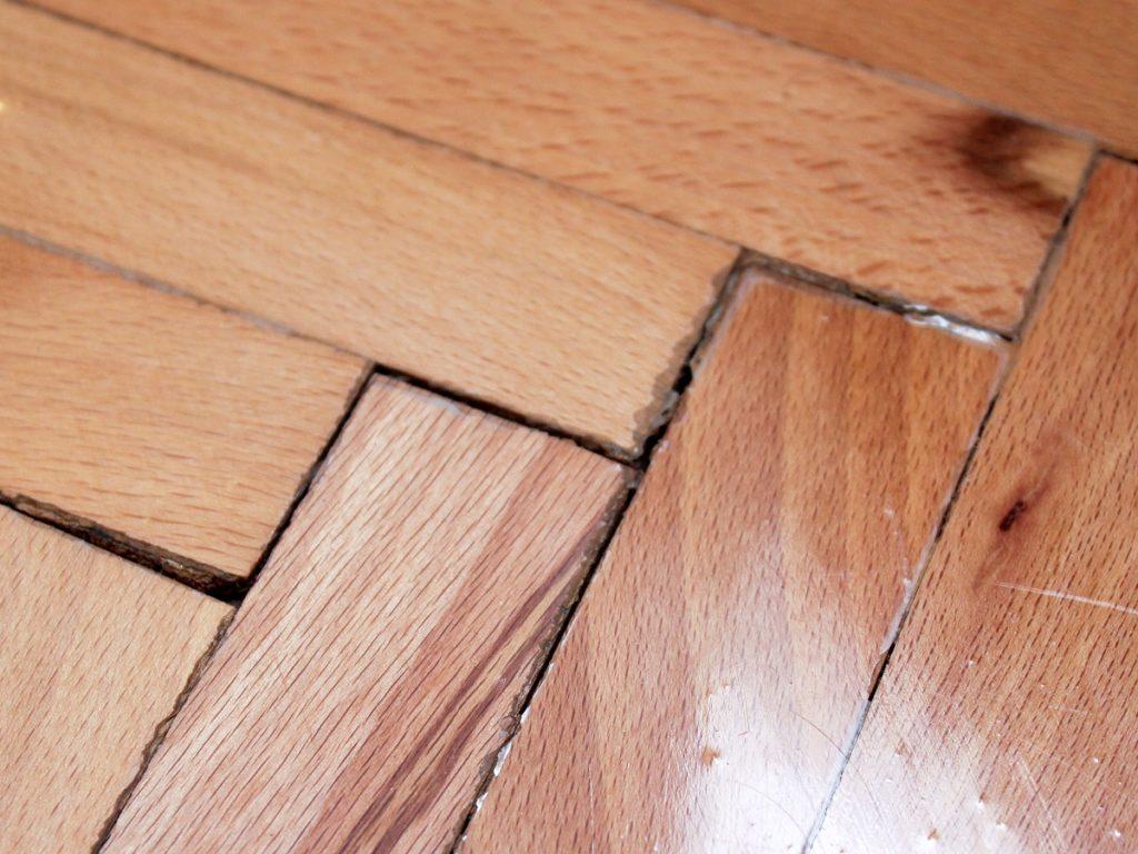 Hardwood Floor Repairing Using Simple Techniques