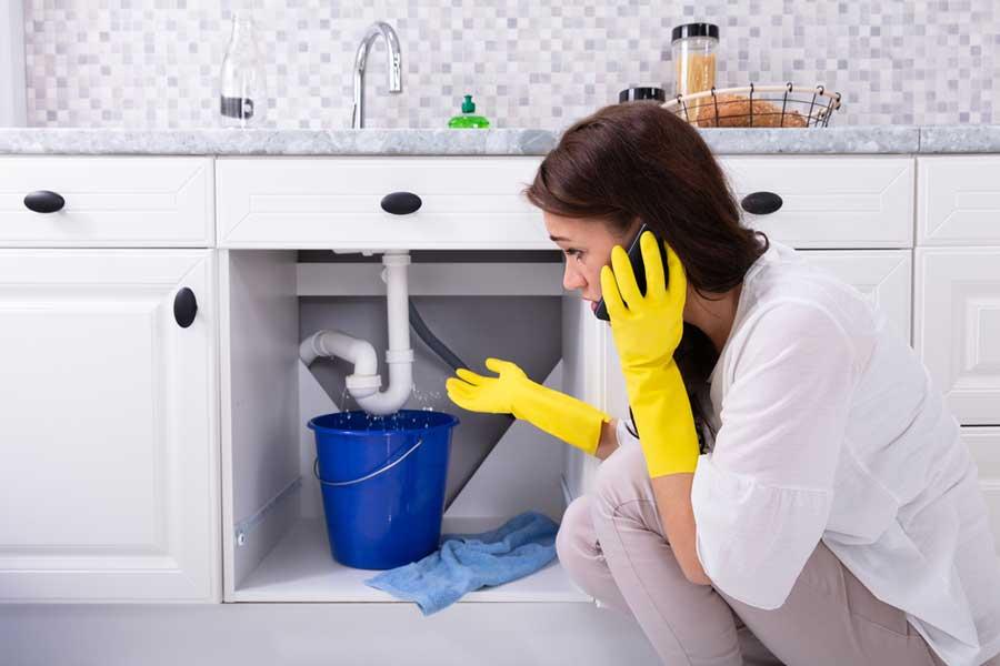 Benefits Of Seeking Professional Emergency Plumbing? | Bizzield